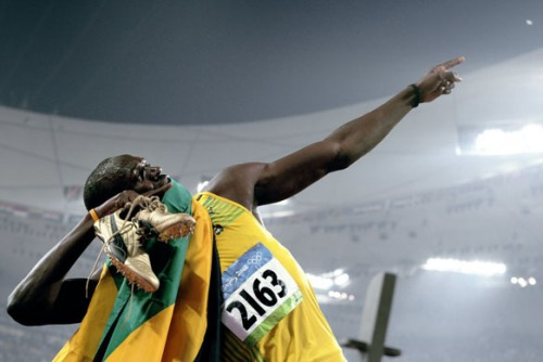OLY-2008-ATHLETICS-200M
